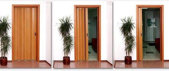 сгъваеми врати